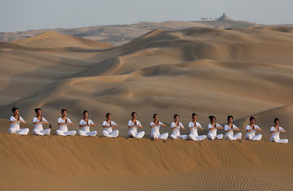 Самая большая трудность для создателей Песчаного Лотоса состояла в том, чтобы люди захотели приехать в подобное место. И они с этим справились