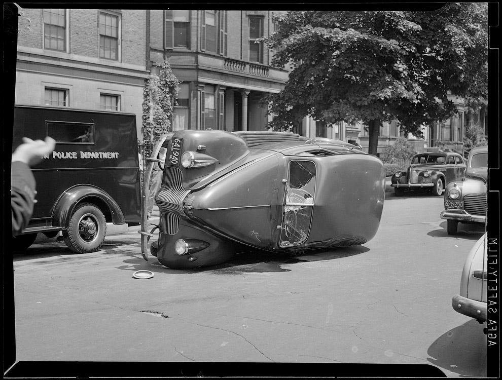 Авария на дороге в промежуток между 1934 – 1956