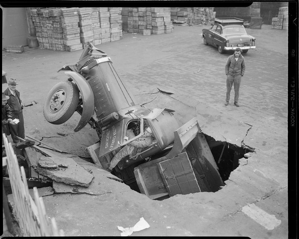 Ушел под землю, 1952 год