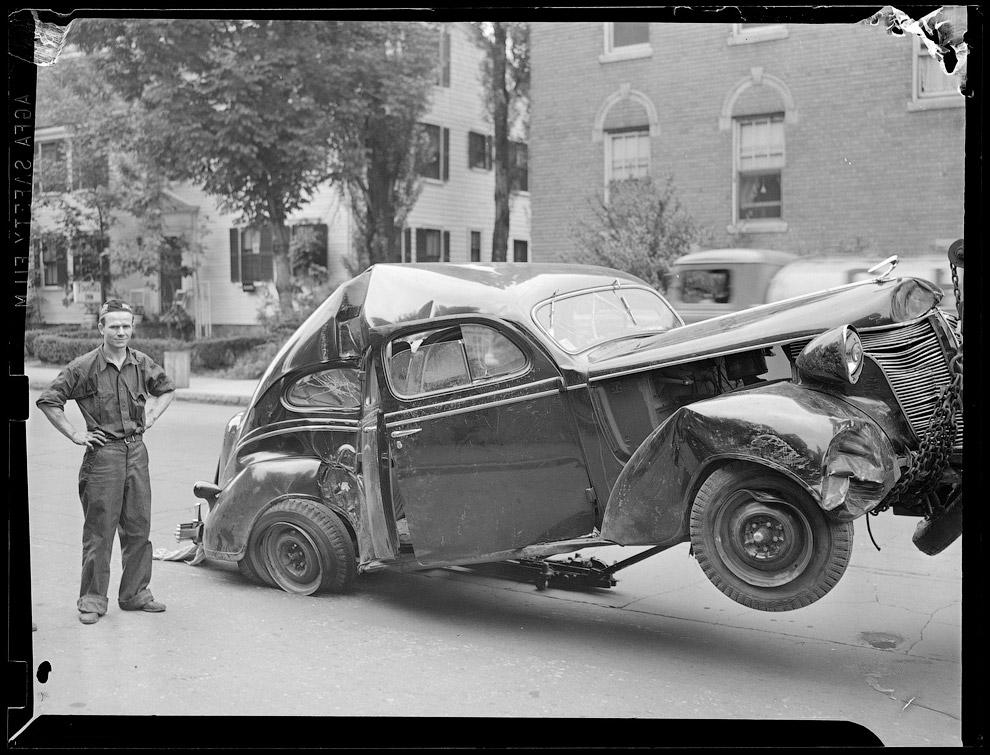 Работник эвакуатора образца 1940 года