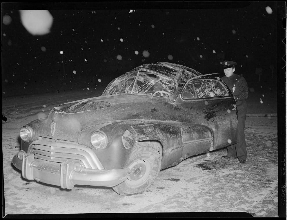 Не правился с управлением на зимней дороге. Авария в промежутке между 1934 – 1956
