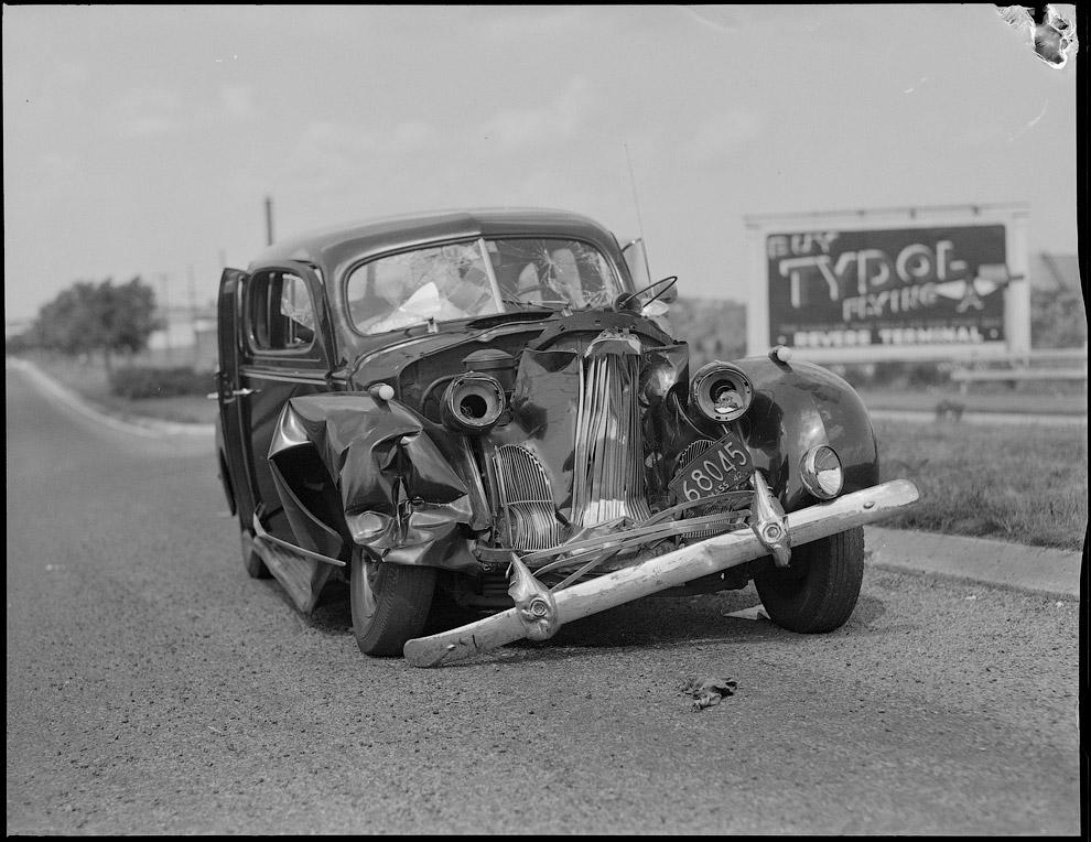 Авария на дороге, 1942 год