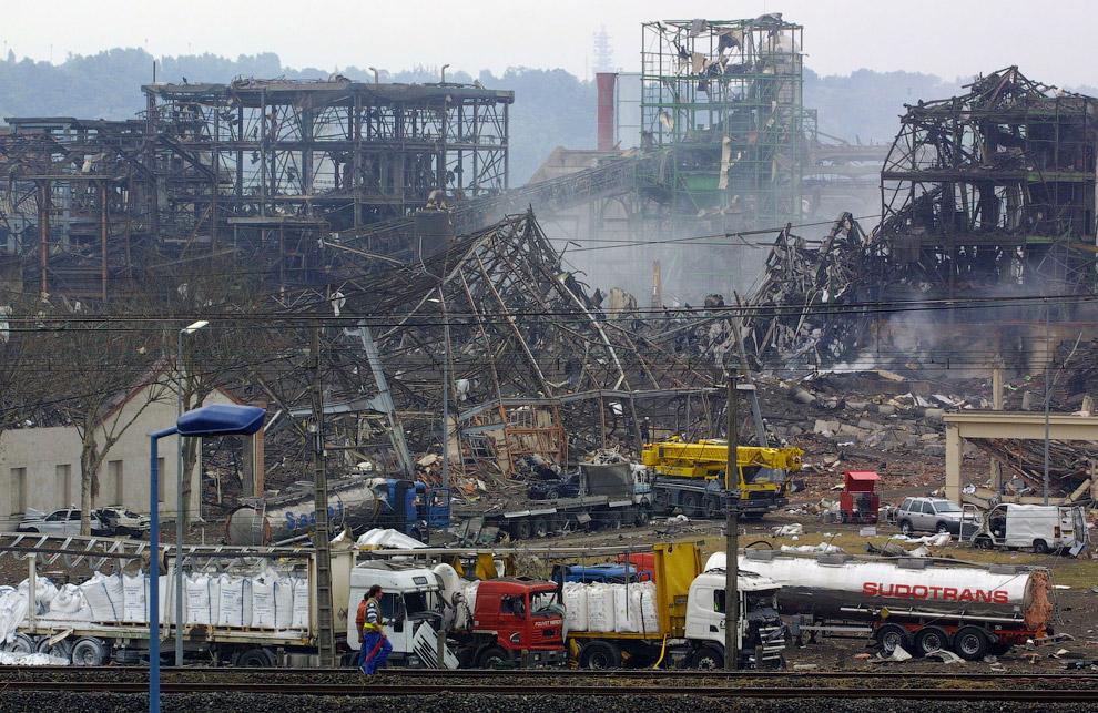 21 de setembro de 2001 em Toulouse, na AZF Francês explosão fábrica de produtos químicos, cujas consequências são consideradas uma das maiores catástrofes provocadas pelo homem