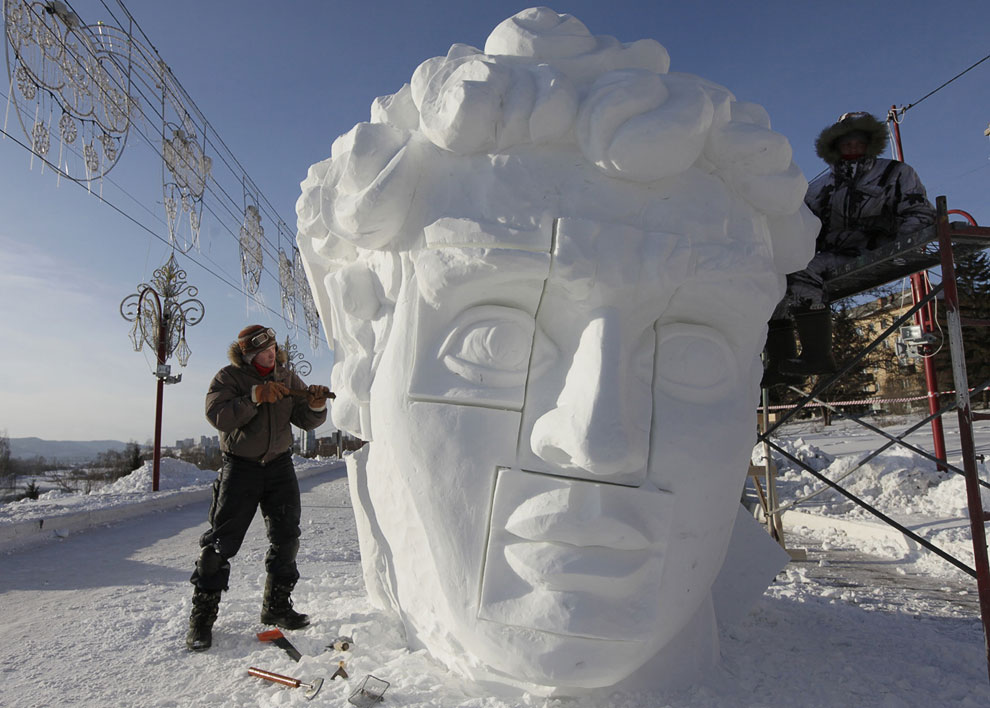 Создание скульптуры великого итальянского живописца, архитектора Микеланджело
