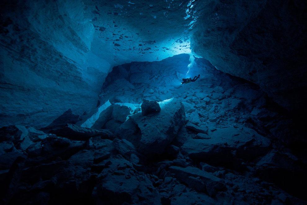 Пещера Weebubbie. Равнина Налларбор, Австралия