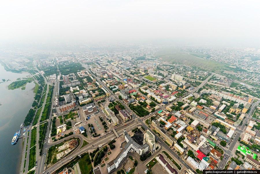 Театральная площадь - центр Красноярска