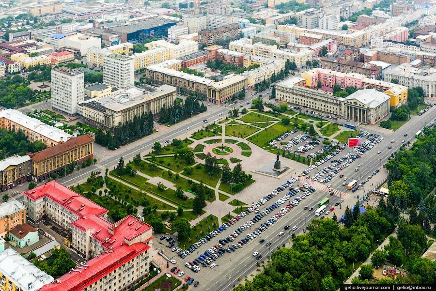 Площадь Революции. Администрация Красноярского края