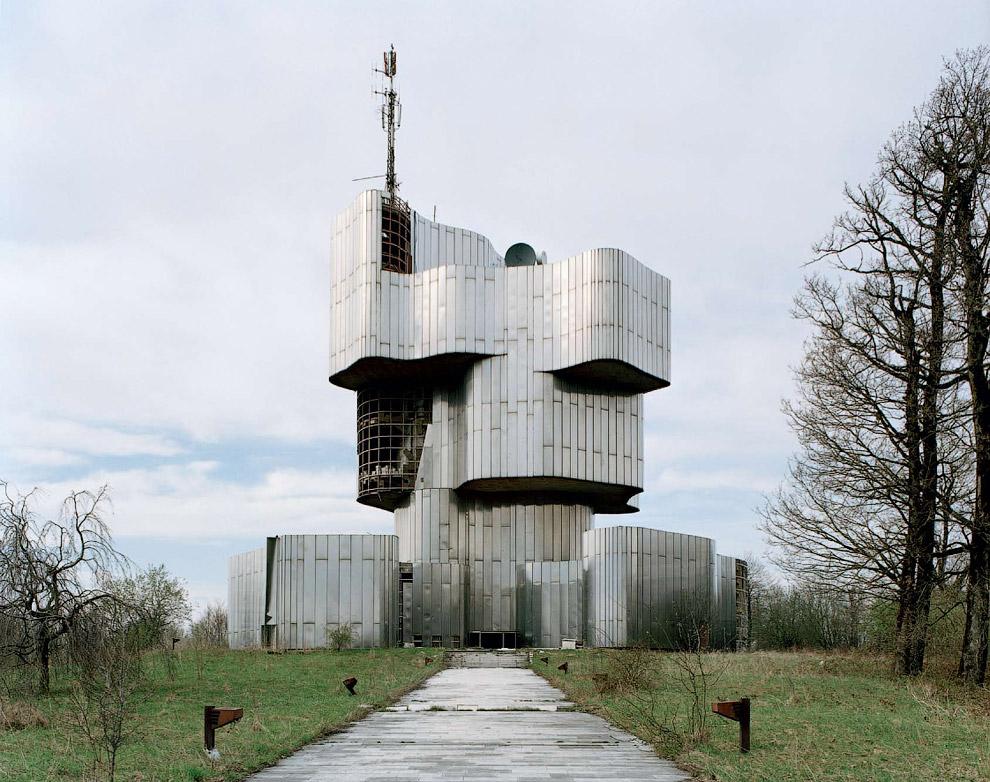 Построенный в 1982 году, этот мемориал посвящен народам Хорватии