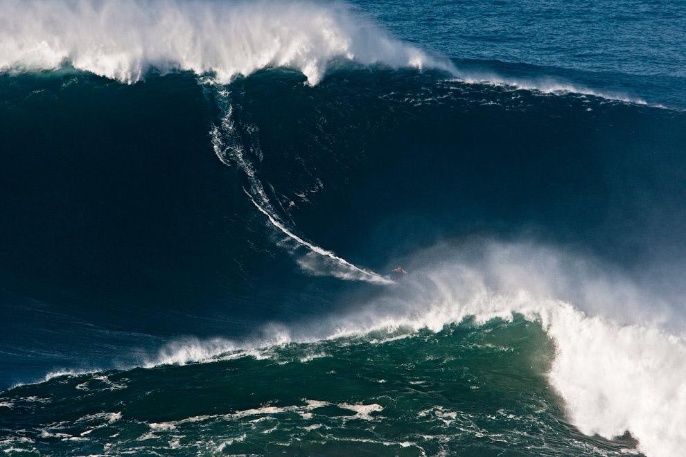 Гаррет Макнамар покоряет «100-футовый шторм»