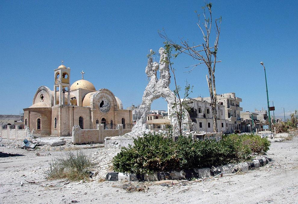 Эль-Кусайр — город на западе Сирии. В 2013 году в ходе Гражданской войны в Сирии стал ареной ожесточённых боёв между правительственными войсками и отрядами мятежников