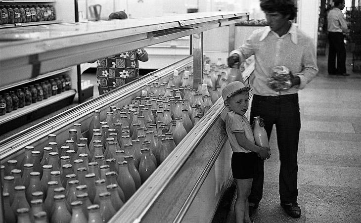 Молочный отдел универсама, Новокузнецк, 1983 год