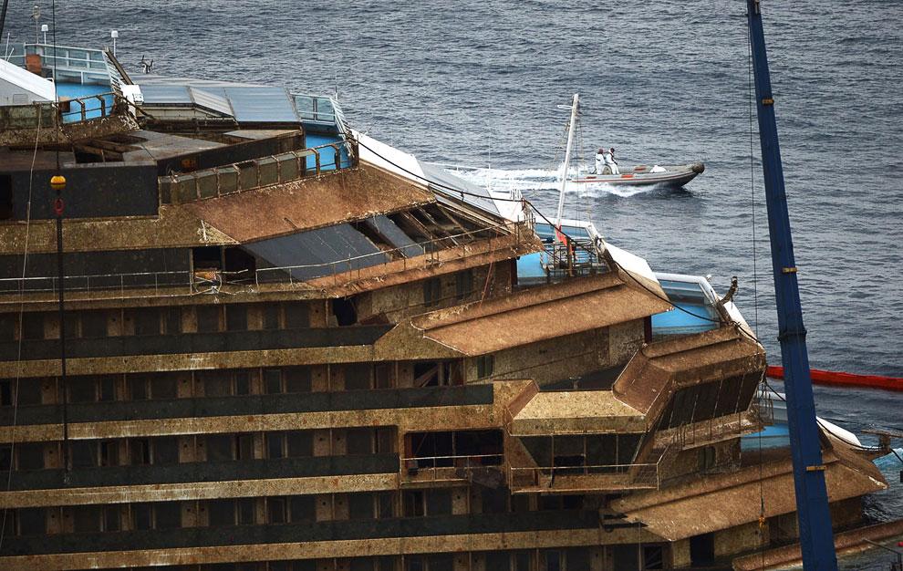 600 дней на боку на рифах оказались для круизного лайнера Costa Concordia смертельными