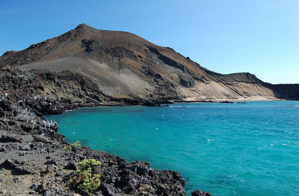 Лава в бухте Саливан, остров Сантьяго