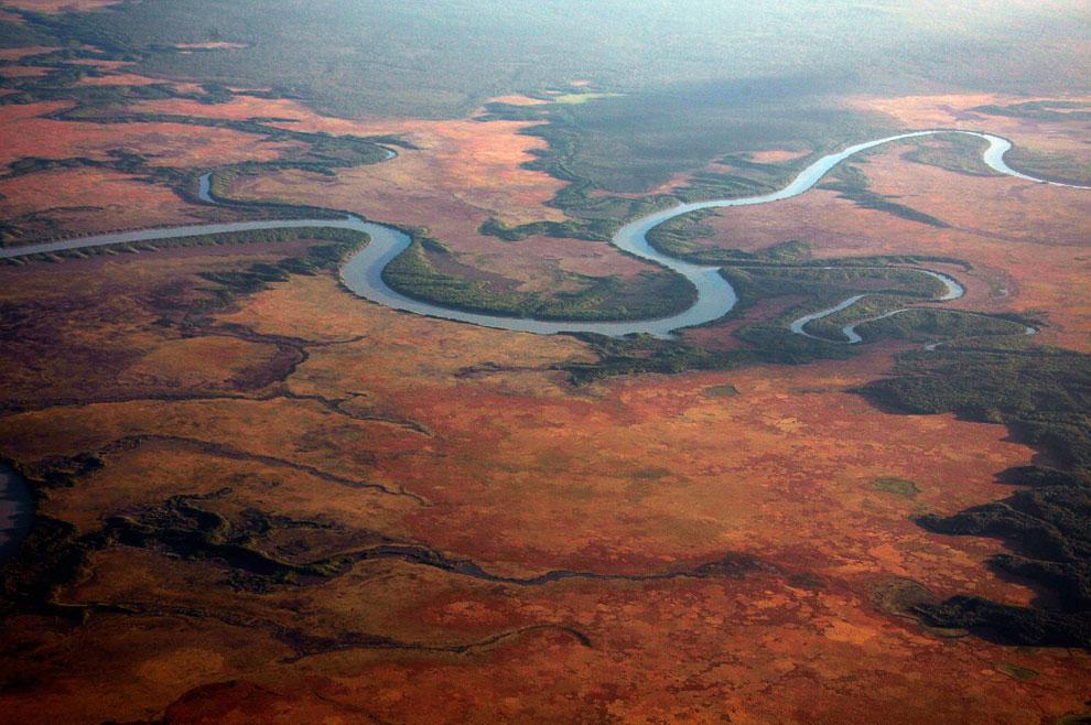 Арнем-Ленд — полуостров на севере Австралии