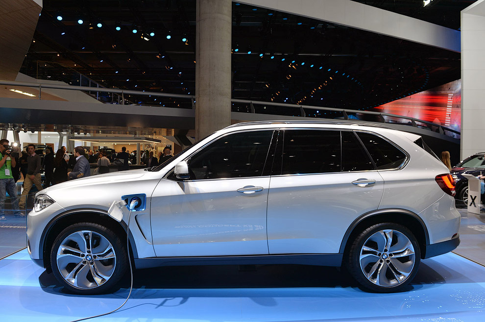 Концепт BMW X5 eDrive