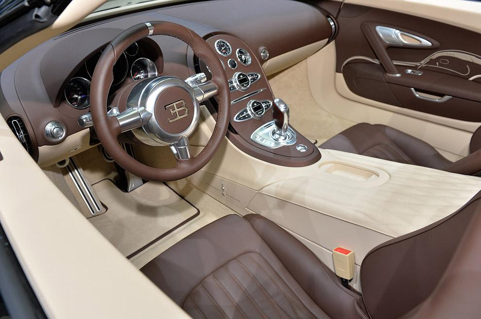 Гиперкар Bugatti Veyron Grand Sport Vitesse