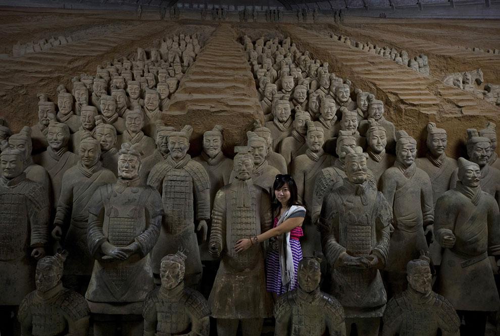 1 октября 1997 года был открыт Музей терракотовых воинов и лошадей Цинь Ши Хуанди