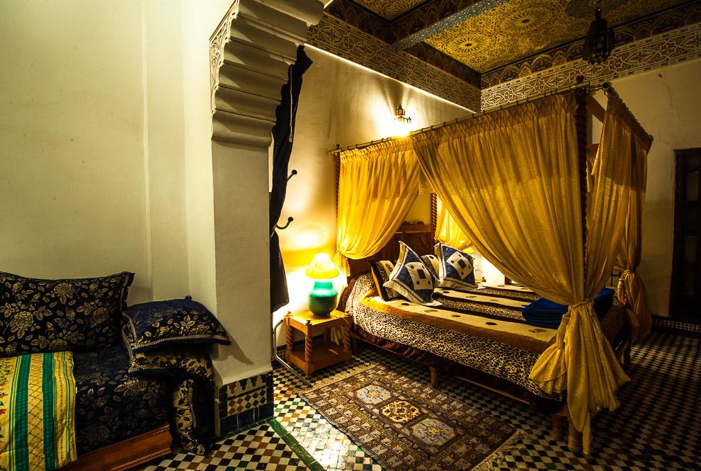 Прогулка по старейшему имперскому городу Марокко