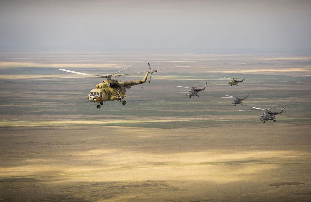 Российские поисково-спасательные вертолеты летят встречать экипаж