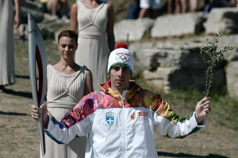 На репетиции зажжения Олимпийского огня случился казус