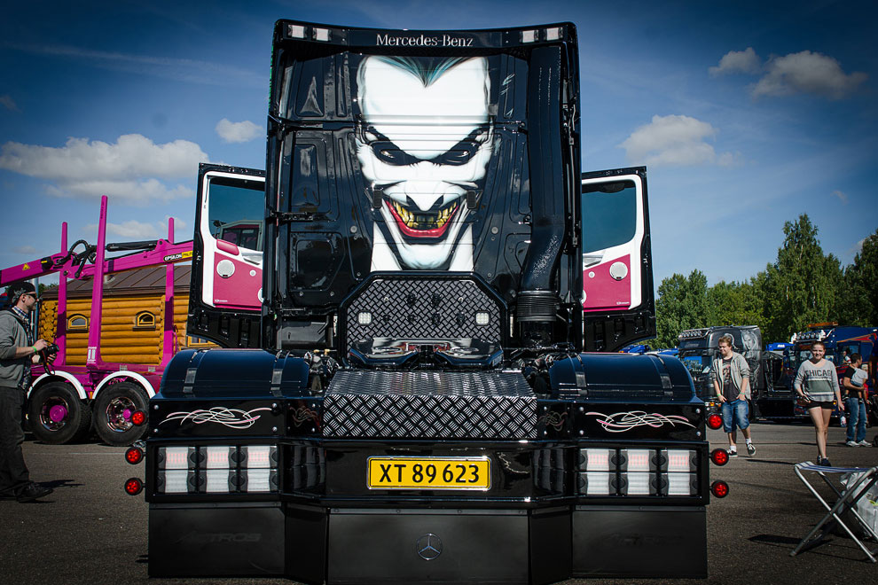 MB 2551 «The Joker»