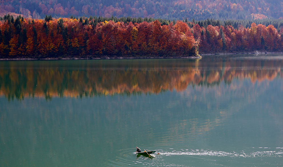 Осеннее озеро Сильвенштайн, Бавария