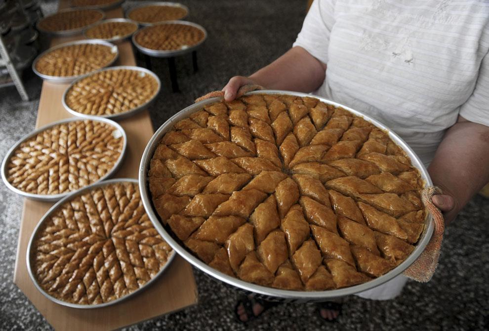 Угощайтесь! Выпечка к Празднику жертвоприношения в Приштине, Косово
