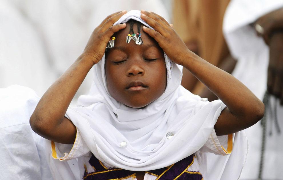Маленькая мусульманка. Абиджан, Кот-д'Ивуар