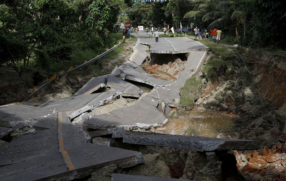 Так обычно выглядят дороги после землетрясения