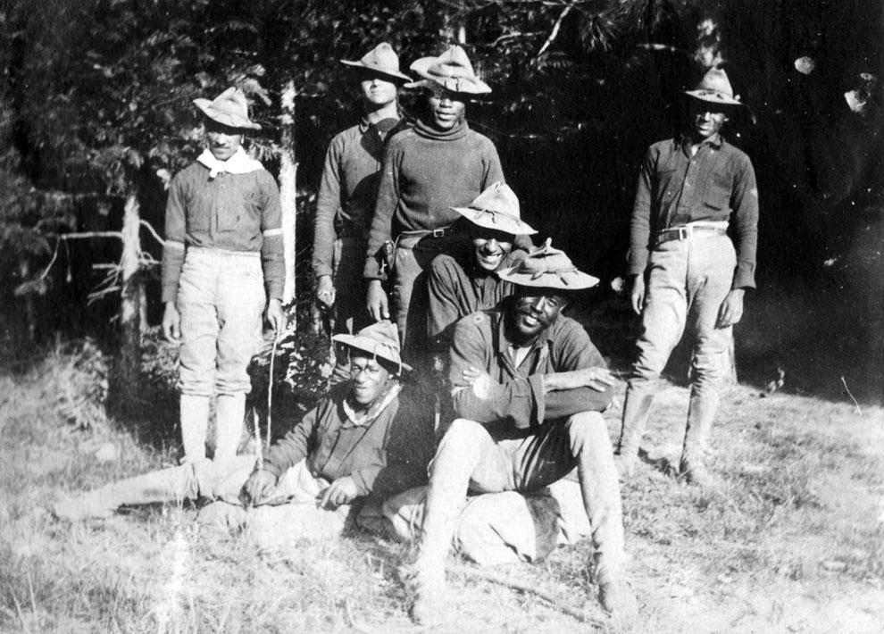 Солдаты Буффало на территории современного парка Йосемити