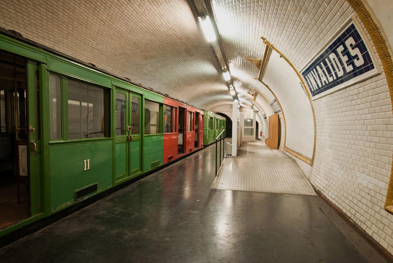 Станция-призрак Invalides в парижском метро на 8-й линии