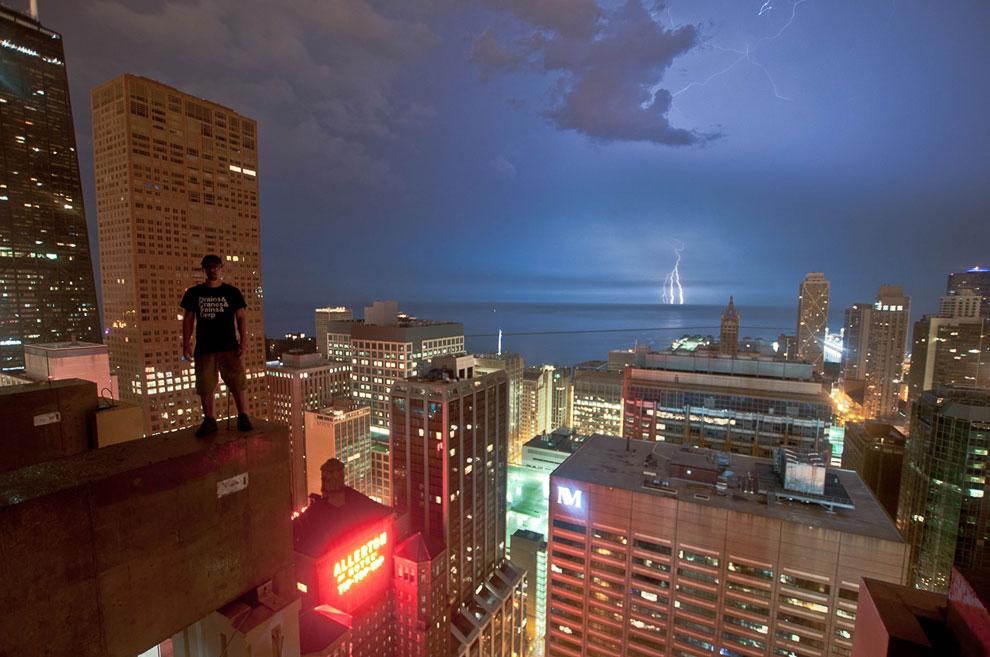 Наверху Ritz-Carlton в Чикаго, штат Иллинойс