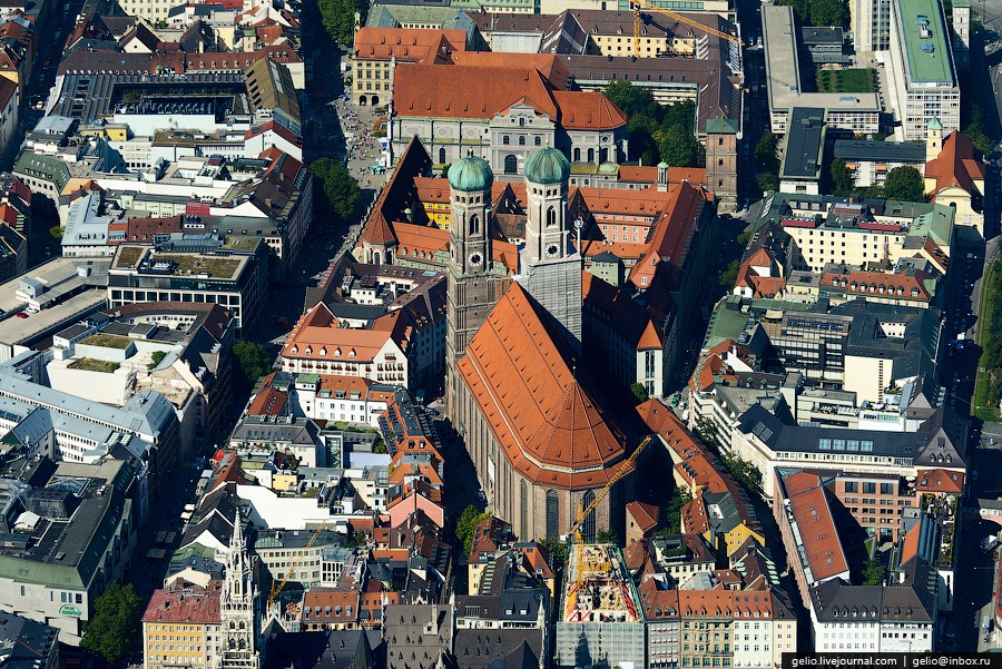 Фрауэнкирхе (Frauenkirche) — Собор Пресвятой Девы Марии