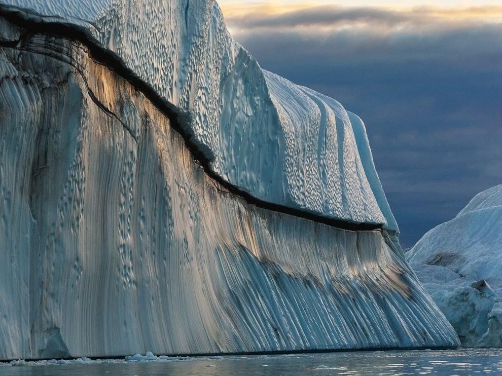 Огромный айсберг, Гренландия