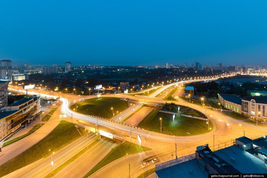 Пересечение Ипподромской магистрали и улицы Фрунзе