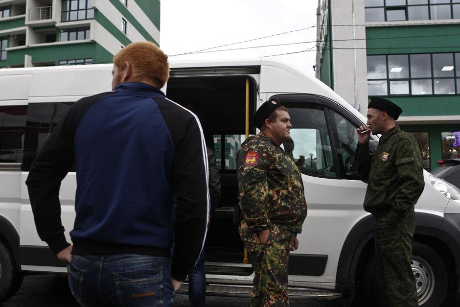 Казаки в центре Сочи. Они занимаются поиском нелегальных иммигрантов
