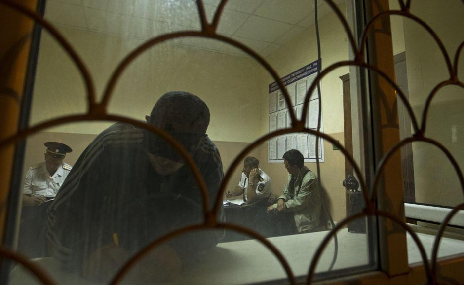 Задержанные в полицейском участке в центре Сочи