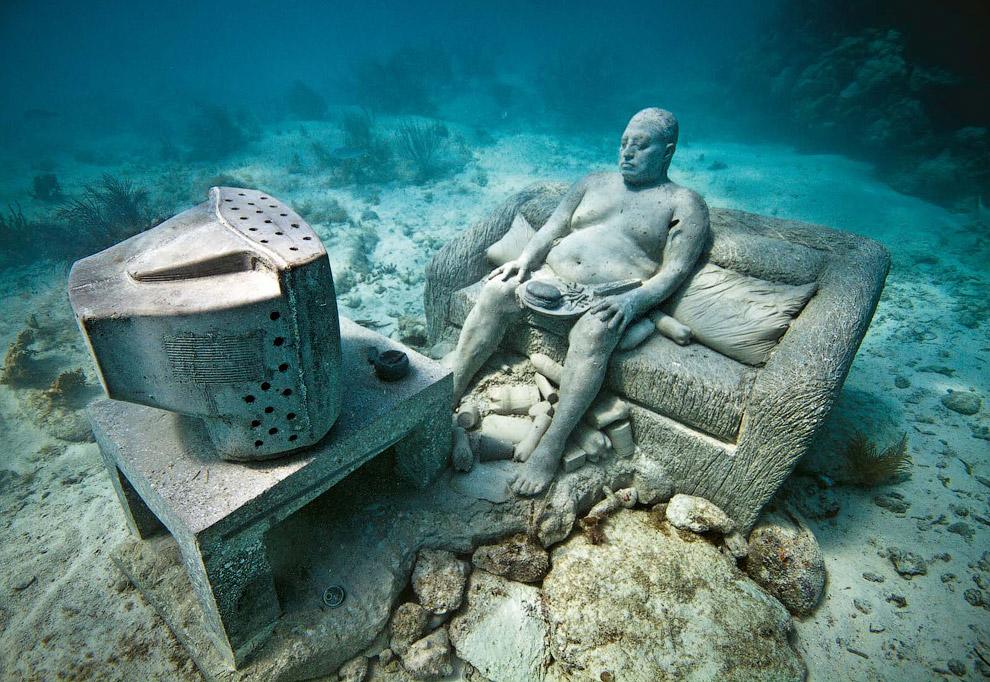 Подводный домосед. Эту сцену окрестили «Инерция». Национальный Водный Парк Канкуна
