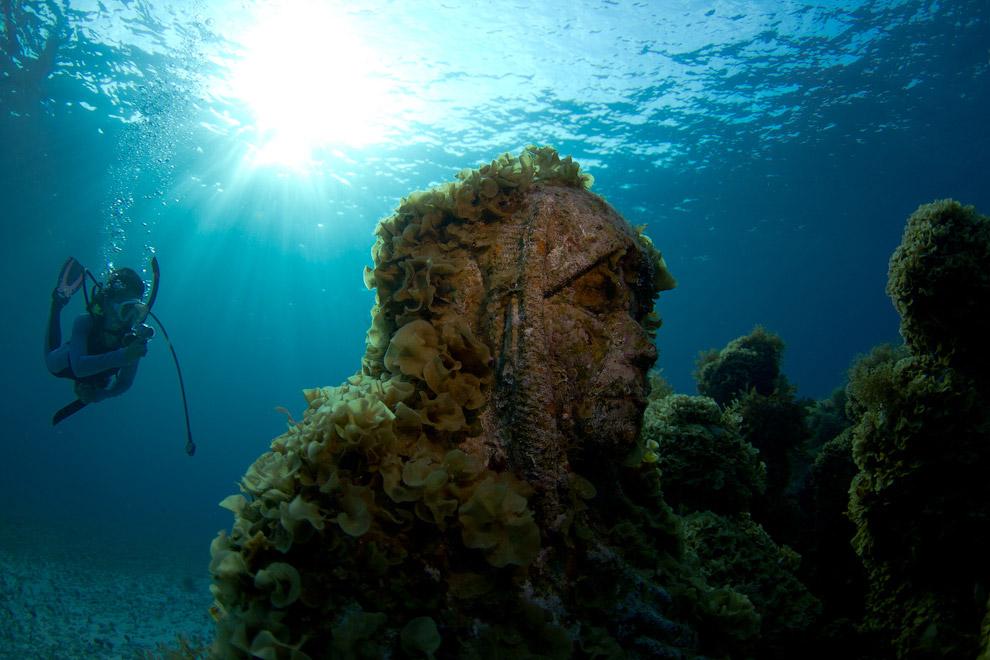 Подводные скульптуры