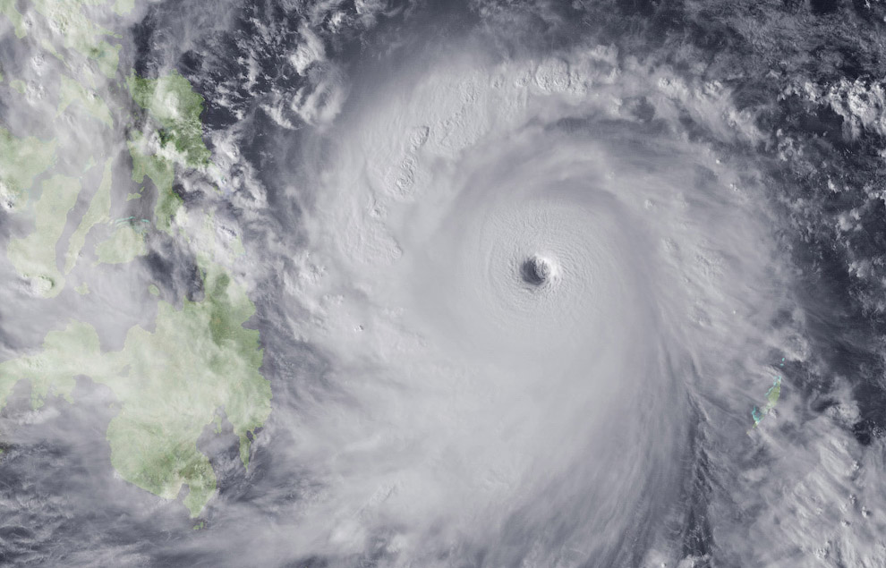 Супертайфун «Йоланда», вид из космоса