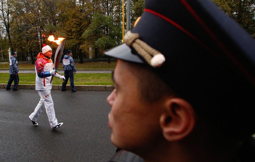 Маршрут олимпийского огня по регионам России был представлен оргкомитетом «Сочи 2014» ровно за год до старта эстафеты