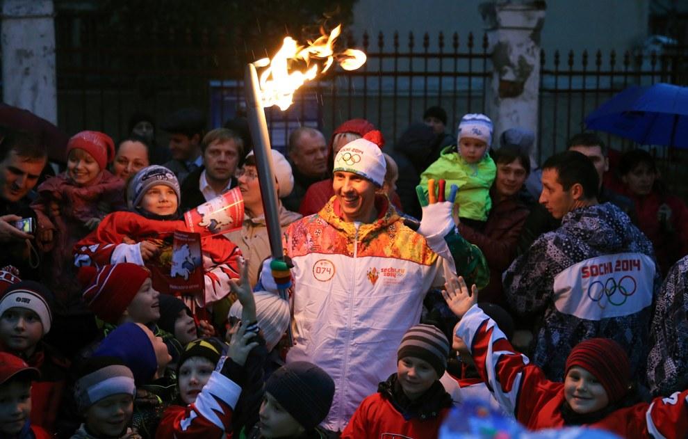 На закупку 15 000 факелов было затрачено 207 миллионов рублей