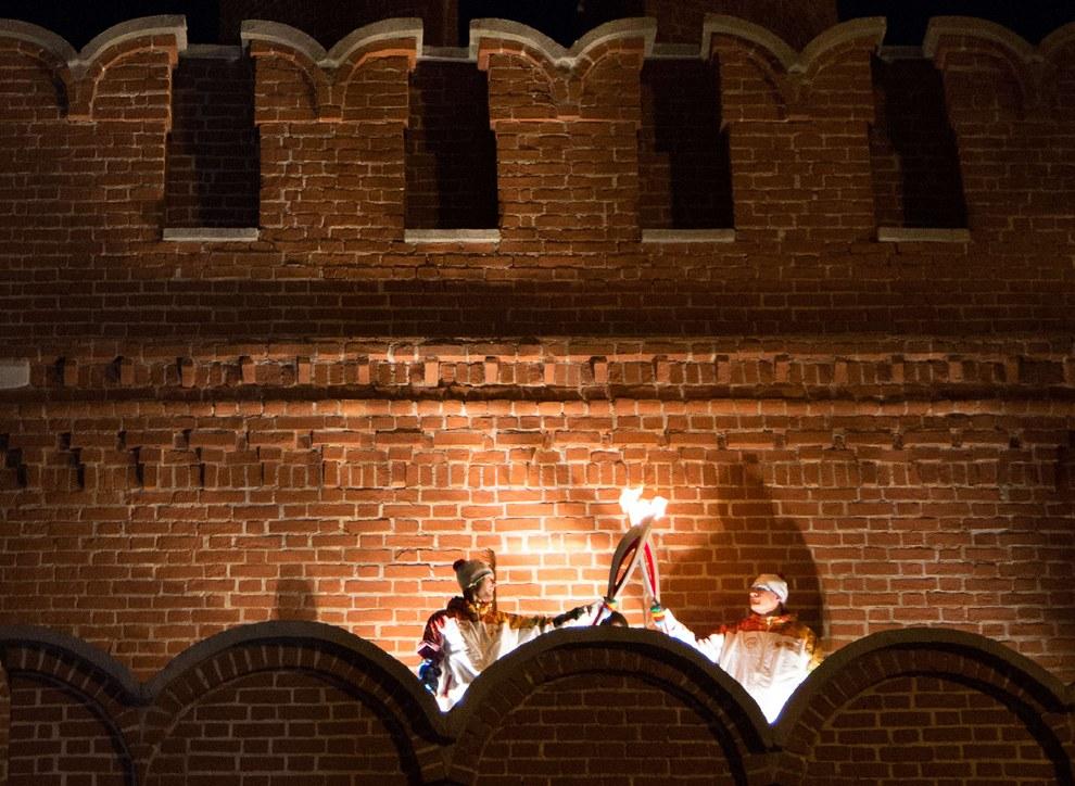 Эстафета Олимпийского огня в древнем русском городе Туле