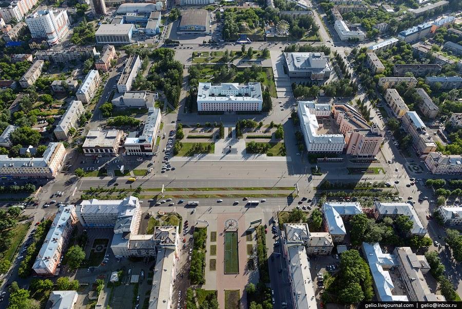 Площадь Советов — центральная площадь города