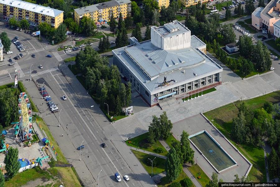 Алтайский краевой театр драмы имени В.М.Шукшина — ведущий театр в Барнауле