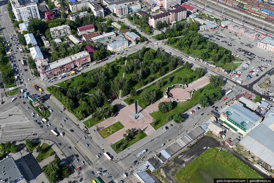 Мемориал Славы на площади Победы