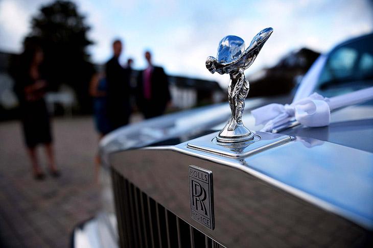 Как делают символ легендарной марки автомобилей Rolls-Royce