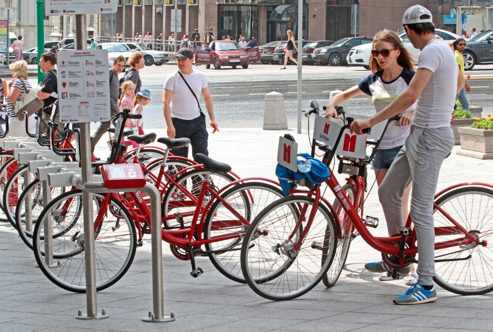 1 июня 2013 Москва пополнила список городов, в которых есть сеть точек проката велосипедов