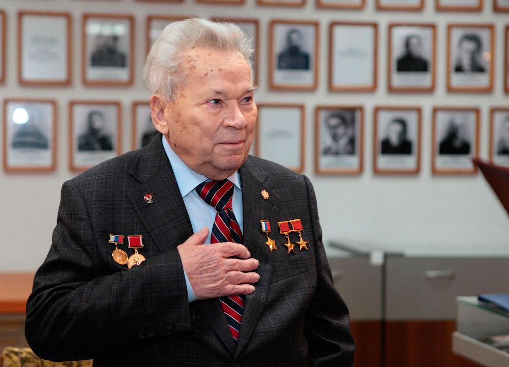 23 декабря на 95-м году жизни скончался легендарный конструктор стрелкового оружия