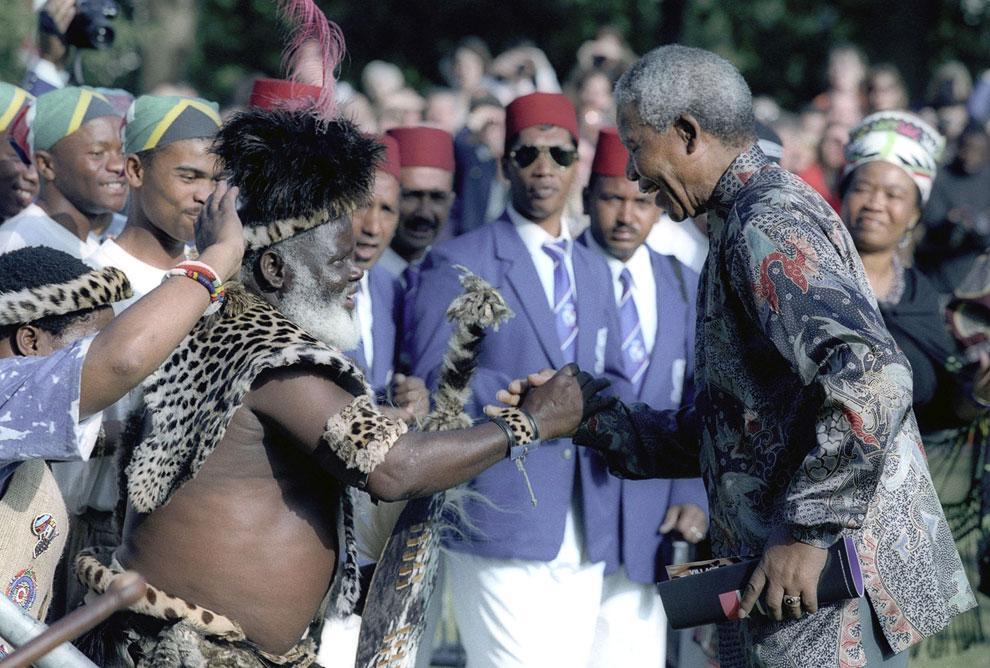Президент ЮАР на второй день государственного визита Манделы в Великобританию, Лондон